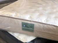 MATTRESS QUEEN SEALY DISPLAY 50 down