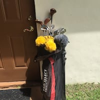 Black and red golf bag Clewiston, 33440
