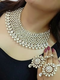 silver and diamond studded necklace Brampton, L6Y 5R7