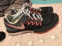 pair of black-gray-and-pink Nike sneakers Southaven, 38671