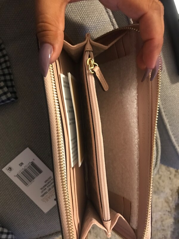 13b4ac1bd2a026 Used Michael Kors Blush Wallet for sale in Cupertino - letgo