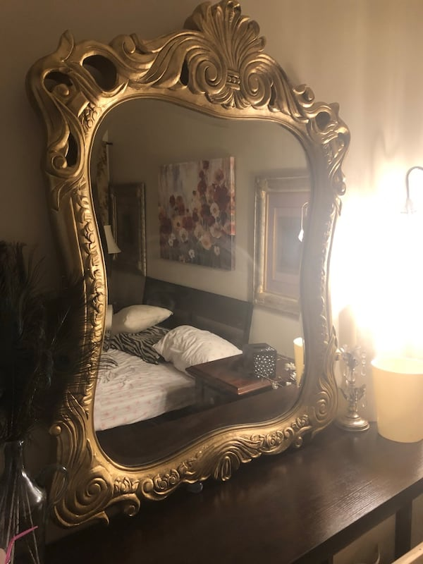 "50""X40"" X Large Antique gold solid Wood very heavy mirror 12aee771-08b7-4bf8-88db-e98431d0f385"