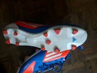 Soccer shoes  Barrie, L4M 6C4