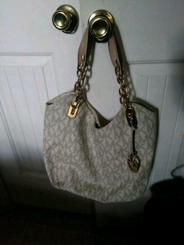 a8a3cc023a51 Used Michael Kors bag for sale in Fort Worth - letgo