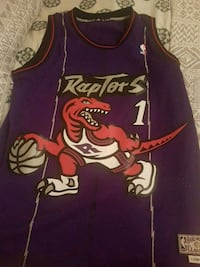 Tracy McGrady medium size perfect condition  Toronto, M4K 2B6