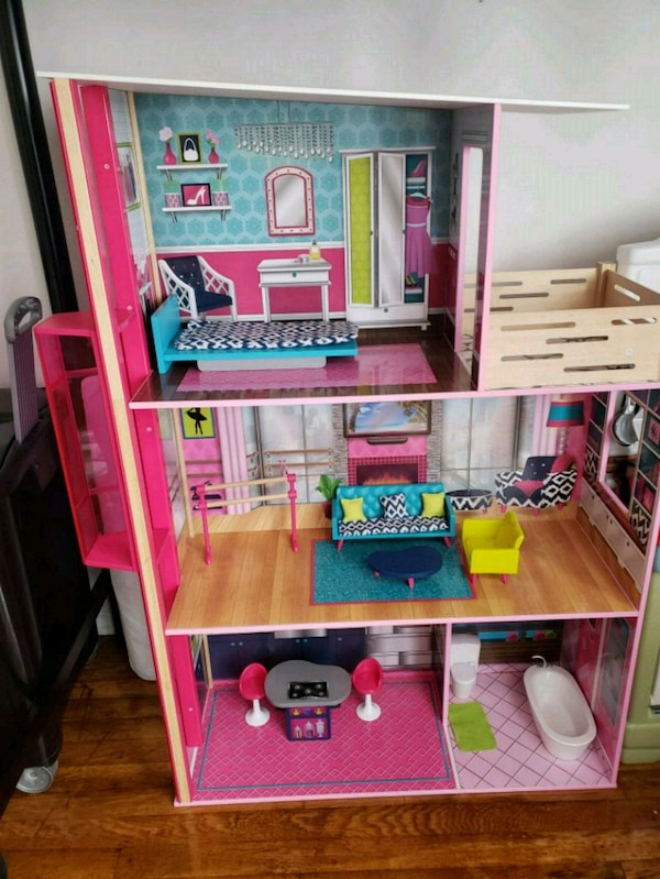 Used Kid S Doll House With Complete Accessories For Sale In Queens