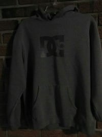gray and black dc pullover hoodie Hamilton, L8K