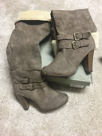 Boots size 40 brand new in box