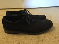 pair of black suede slip-on shoes Springfield, 22153