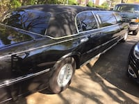 Lincoln - Town Car - 1999 (6) passenger widebody special edition Limousine . Emmaus, 18049