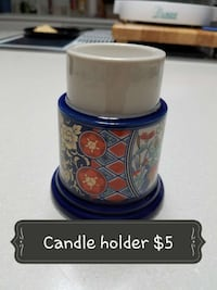white, blue, and red floral ceramic candle holder Granite City, 62040