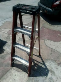black metal 3-step ladder Baldwin Park, 91706
