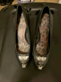 pair of black leather heeled shoes Anchorage, 99503