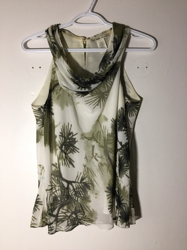 134a7a4802315 Used Office clothing women  shirts  jackets for sale in Ottawa - letgo