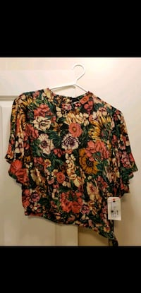 Billabong Distant Highway Blouse size Large Langley City, V2Y 1P3