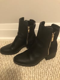 Black two tone leather and suede boots Vaughan, L4J 4W3