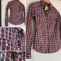 Plaid fitted button up collar shirt (fancy buttons) Brampton, L6R 0E2