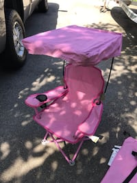 Little girls folding camping chair with sun shade canopy. With carry bag. Port Coquitlam, V3B