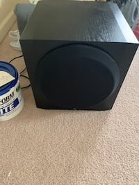 """Yamaha 10"""" home theatre subwoofer"""