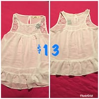 NEW WITH TAGS Hollister white sleeveless Top XS
