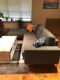 Sectional Couch 407 mi