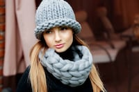 Merino Wool Chunky Knitted set of Hat, Scarf and mittens   Wheeling, 60090