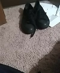 pair of black leather heeled shoes Tifton, 31794