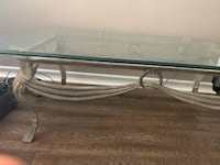 Coffee table with 2 end tables Stoney Creek, L8G 3N7