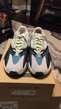 yeezy 700 waverunner size 11 Richmond Hill, L4S 1G2