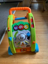 Like new Baby walker Burnaby, V5C 5B8
