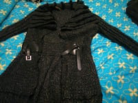 knit black long-sleeved sweater with fur trim Clarksville, 37042
