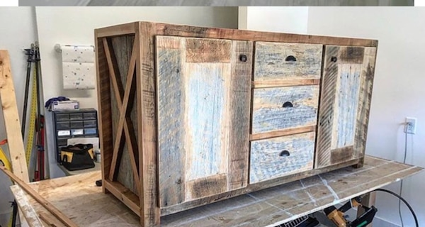 Double vanity made from barn wood