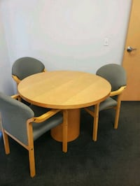 Oak Table with 4 chairs.