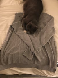 Grey Women's H&M Sweater Size M( cat not included) Washington, 20008