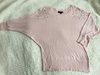 Dolman sleeve sweater with beads size XS Salinas, 93905