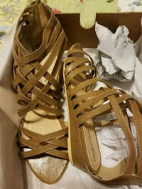 pair of brown leather gladiator sandals Falling Waters, 25419