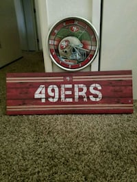 red and white wooden wall decor Tracy, 95376