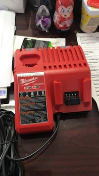 red Milwaukee M12 and M18 charger Nicholasville, 40356