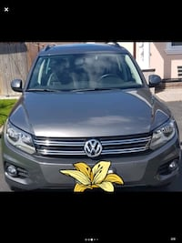 2013 Volkswagen Tiguan Grey TSI 2.0 49,000 km or best offer Toronto