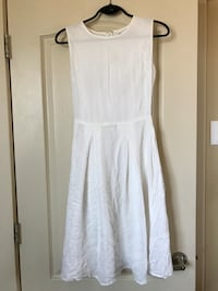 White modcloth dress 3478 km