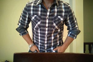 Kenneth Cole button down :Large