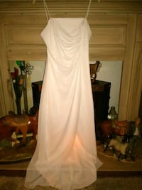 White gown size 7/8 Oklahoma City, 73108