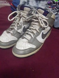 White,grey and blue nikes size 10 Mississauga, L4X 1L8