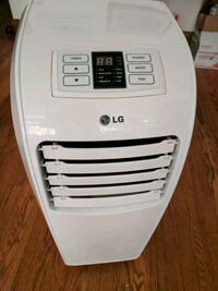 white LG portable air cooler Chicago, 60659