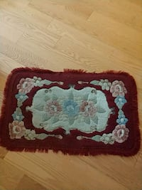red and white floral area rug Brampton, L6P 1K6