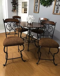 Gorgeous Rooms 2 Go High Top Dining Set Fern Park, 32730