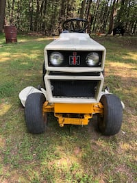 Cub cadet 1450 $900.00 obo Hagerstown, 21740