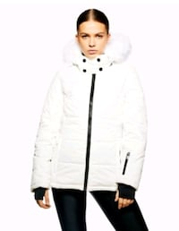 New women's medium jacket Toronto, M2N 7C3