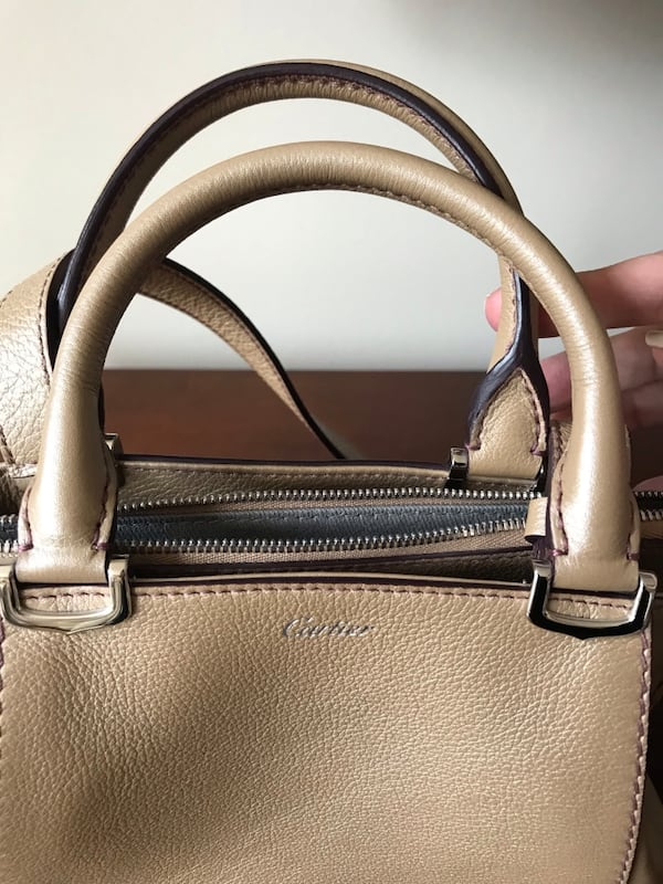 Cartier Purse 1b16df5a-929b-4bf8-8b45-3c300225da7e