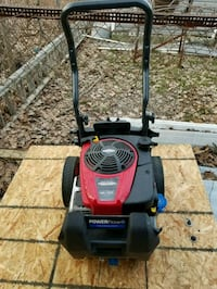 Briggs and Stratton Pressure Washer